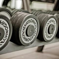¿Cuántas veces a la semana debemos entrenar en el gimnasio?